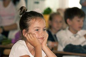 Głoski dźwięczne i bezdźwięczne - jak nauczyć dziecko je odróżniać?