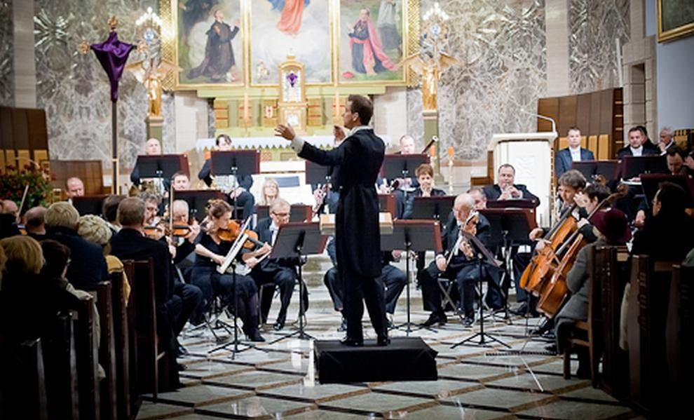 Za darmo: Sinfonia Varsovia na Wielki Tydzień