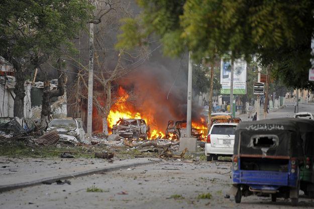 Zamach na hotel w Mogadiszu. Zginęło 20 osób, 60 zostało rannych