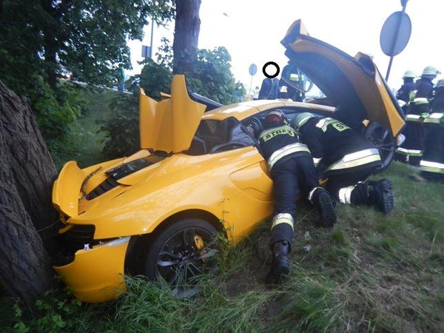 Film z wypadku McLarena 650S w Krapkowicach