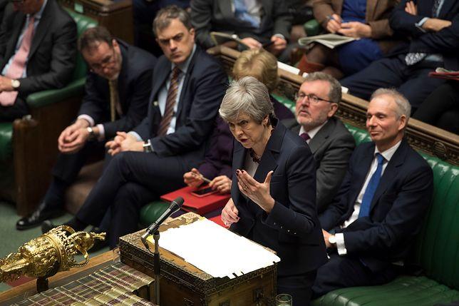 Theresa May w brytyjskim parlamencie