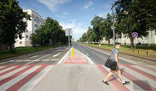 Warszawa. Dzięki zmianom na przejściach dla pieszych będzie bezpieczniej