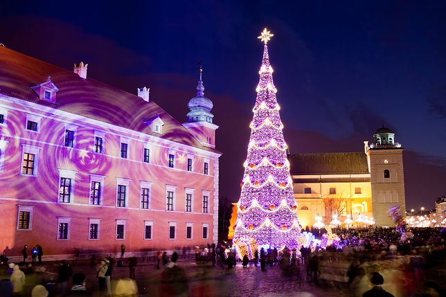 Sylwester w Warszawie będzie huczną imprezą, której centrum, podobnie jak w zeszłym roku, stanie się plac Bankowy. Tłumy opanują jednak całe centrum miasta