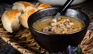 Gulasz z żołądków to pomysł na jesienny, rozgrzewający obiad