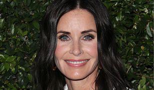 """Ma 54 lata, wygląda na 30. Bohaterka """"Przyjaciół"""" przesadziła z botoksem"""