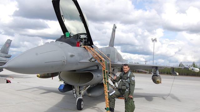 Dowodził lotnictwem zaledwie pięć miesięcy. Kolejna zmiana w armii