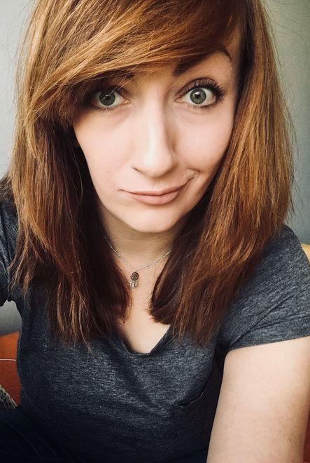 28-letnia Karolina w PKP pracuje od 5 lat, od 3 jest konduktorką