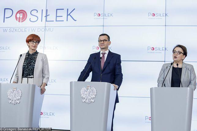 Orzełznikł z mównicy Anny Zalewskiej.