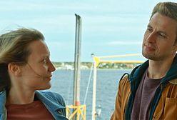 """Mia Wasikowska, Vicky Krieps i Tim Roth w filmie """"Wyspa Bergmana"""""""