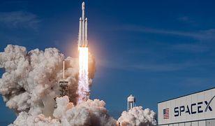 Falcon Heavy w trakcie jednego ze startów