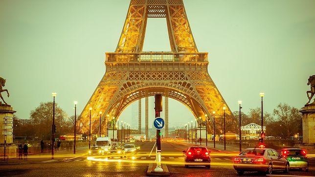 Lotnisko Beauvais-Tillé znajduje się 84 km od centrum Paryża