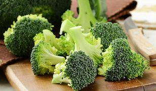 Brokuły mają właściwości antynowotworowe dzięki wysokiej zwartości sulforafanu - silnego przeciwutleniacza. Przepisy z brokułem