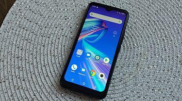 Tani smartfon: Leagoo M13 za 300 zł