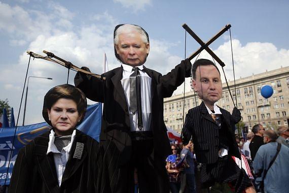 """Poseł PiS o Marszu Wolności: """"Gdyby tej wolności nie było, spacerowaliby po spacerniaku"""""""