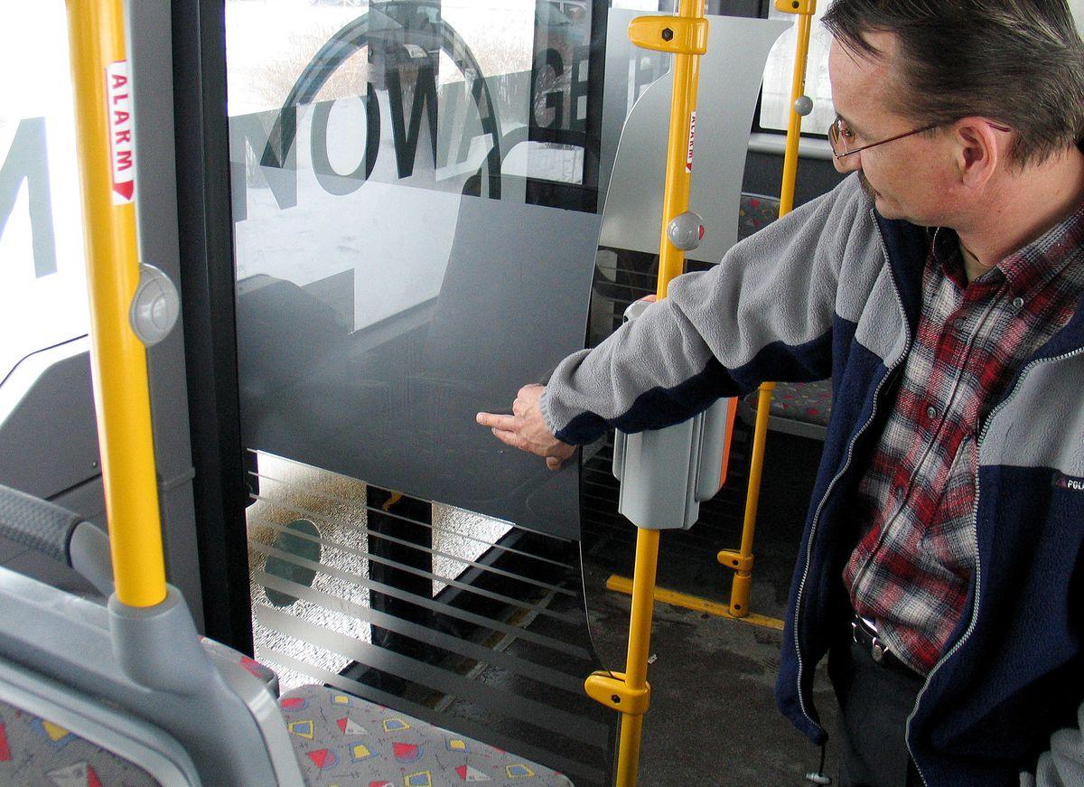 Przewoźnik oferuje pasażerom 500 zł. Wystarczy donieść na wandali