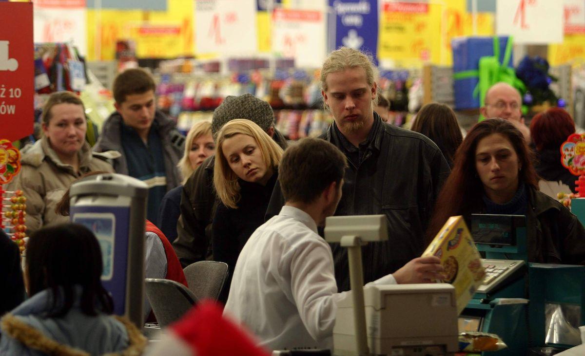 Jak sklepy pracują przed świętami? Ofensywę rozpoczynają już tydzień przed