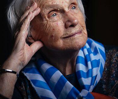 Pani Alina przeżyła pięć obozów koncentracyjnych i dwa marsze śmierci. Nie żałuje doświadczeń wojennych.