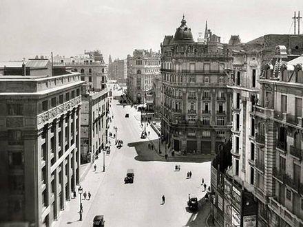 Wielka cisza w Barcelonie - wystawa fotografii Josepa Branguli