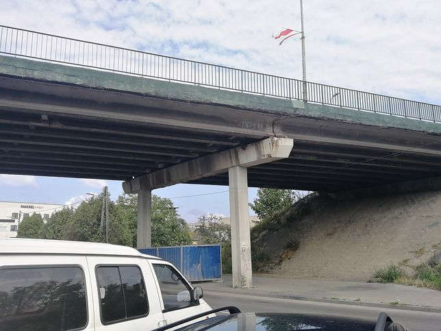 Wiadukt przy ulicy Pułaskiego w Myszkowie nadaje się do rozbiórki, ale i tak będzie remontowany.