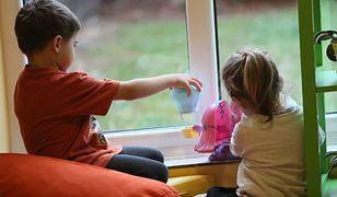 Gdańscy naukowcy ułatwiają leczenie autyzmu. Powstała specjalna aplikacja i sygnalizator emocji