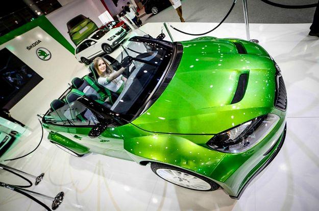 Targi Motor Show 2015 w Poznaniu - piękne samochody, motocykle i kobiety