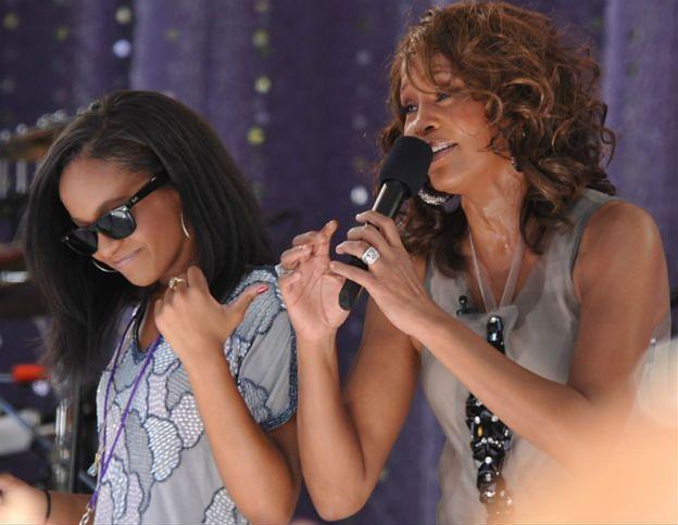 Po sześciu miesiącach w śpiączce zmarła Bobbi Kristina Brown - córka Whitney Houston
