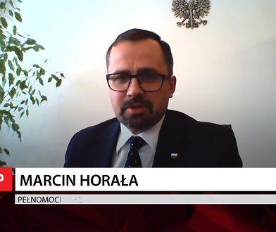 """Marcin Horała odpowiada na zarzuty ws. Izabeli Pek. """"Odgrzewany na siłę kotlet"""""""