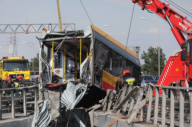 Warszawa. Wypadek autobusu na S8. Jest areszt dla kierowcy