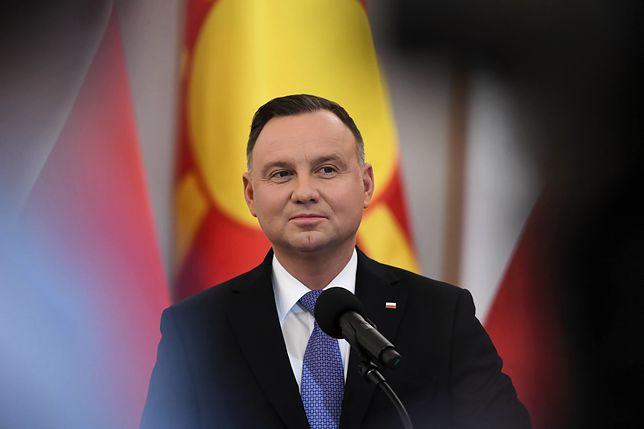 """Andrzej Duda podpisał ustawę o sędziach. """"Zadecyduje to o przegranej w wyborach prezydenckich"""""""