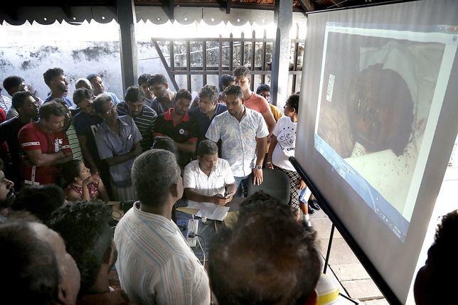 Identyfikacja ofiar w Kolombo na Sri Lance