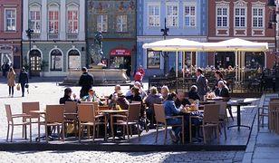 Ogródki gastronomiczne w Poznaniu będą czynne krócej niż zwykle
