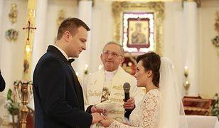 """""""Rolnik szuka żony"""": tak wyglądał bajkowy ślub Grzegorza i Anny. Widzowie zobaczą go w TVP1!"""