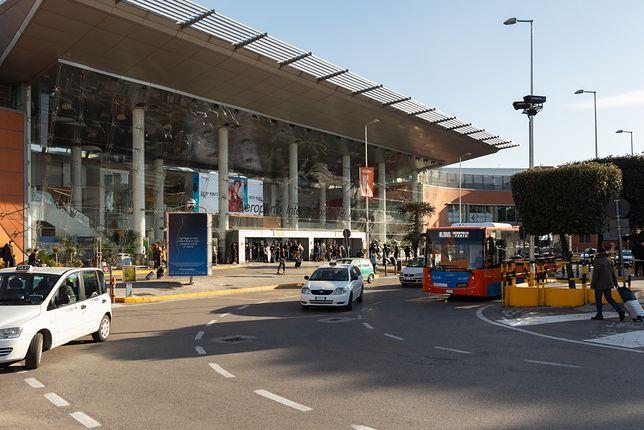 Straż miejska Neapolu kontrolowała miejskie taksówki