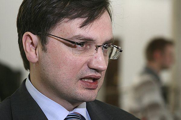 Zbigniew Ziobro polecił złożyć apelację od wyroku 8 lat dla gwałciciela Bartosza K.