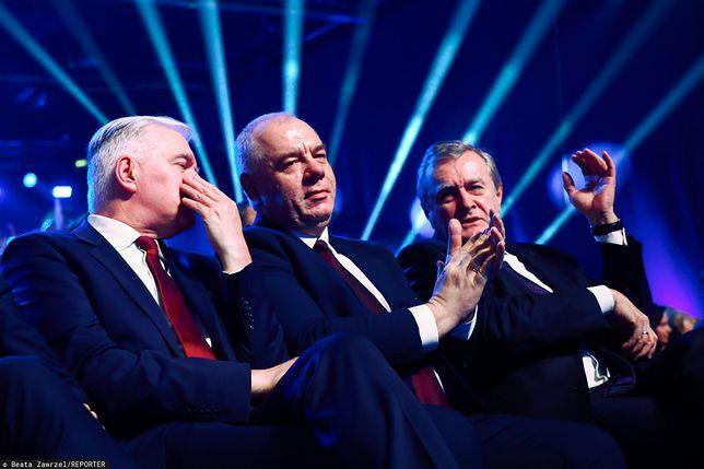 Od lewej: Jarosław Gowin, Jacek Sasin i Piotr Gliński