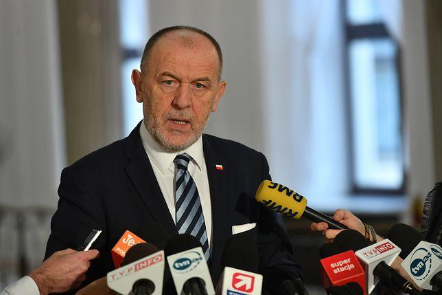 Polityk PiS zdradza kulisy rady politycznej. Kaczyński mówił o zmianie premiera