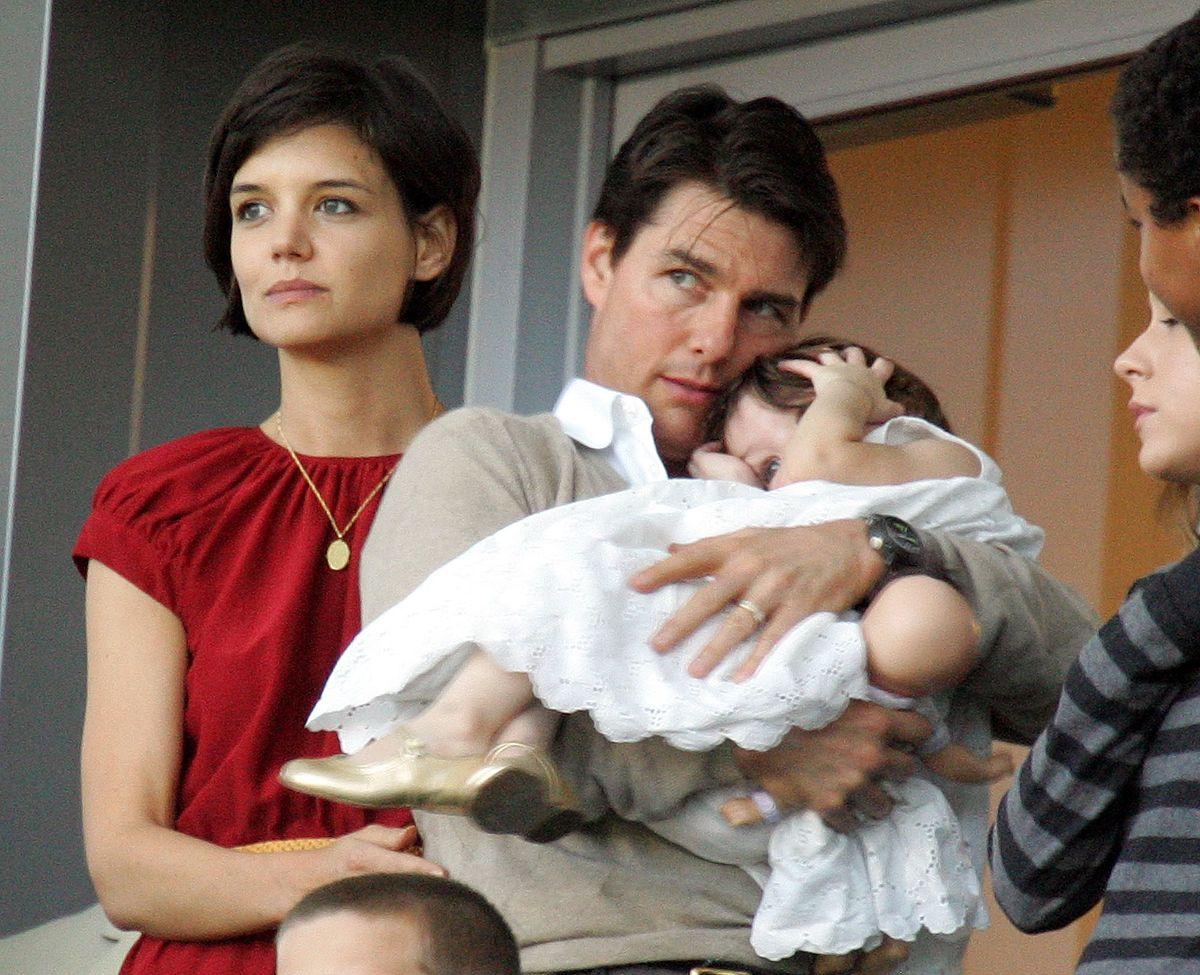 Tom Cruise w końcu jest gotowy do bycia ojcem. Lepiej późno niż wcale