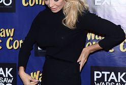 Pamela Anderson cała w czerni. Gwiazda nie pokazuje ciała, a i tak jest sexy