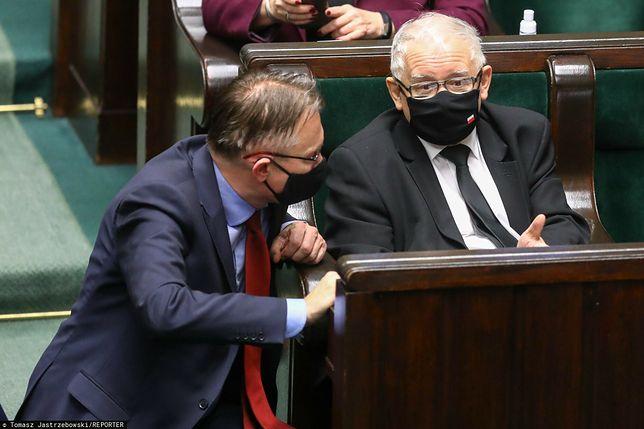 Co dalej z KRS? Arkadiusz Mularczyk i Jarosław Kaczyński w Sejmie