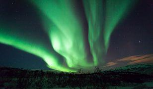 Zorza polarna w Polsce już tej nocy. W jakich godzinach się pojawi? Jak długo będzie widoczna? Czy zobaczymy ją gołym okiem?