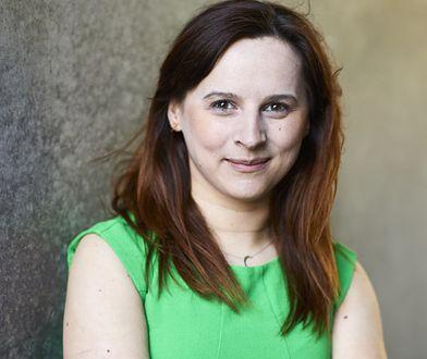 """Justyna Suchecka, dziennikarka, autorka książki """"Young Power"""""""