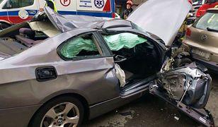 Bytom. Groźny wypadek w centrum. Uszkodzonych pięć samochodów