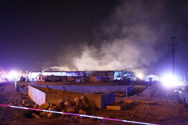 Pożar hali magazynowej w Jawczycach