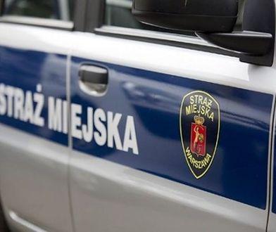 Mężczyzna powiesił się w wozie straży miejskiej. Sprawę bada prokuratura