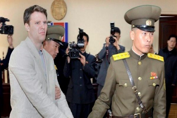 Biały Dom wzywa Koreę Płn. do ułaskawienia skazanego studenta z USA
