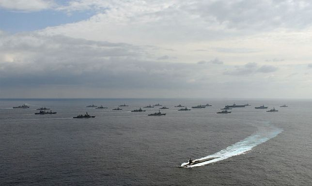 Ćwiczenia marynarek USA i Japonii na Morzu Wschodniochińskim