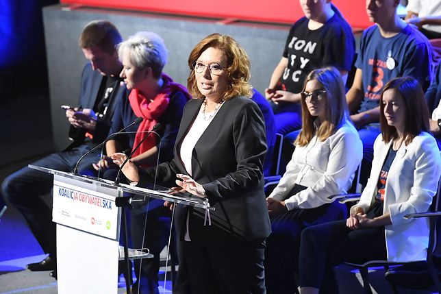 Wybory parlamentarne 2019. Małgorzata Kidawa-Błońska, kandydatka Koalicji Obywatelskiej na premiera, podczas konwencji wyborczej w Krakowie.