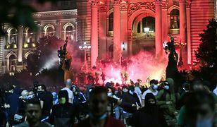 Kolejne kraje mówią, że mają dość. Na ulice wyszli Serbowie i Bułgarzy