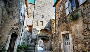 Sainte Eulalie de Cernon - uchodzi za najlepiej zachowaną średniowieczną wioskę we Francji