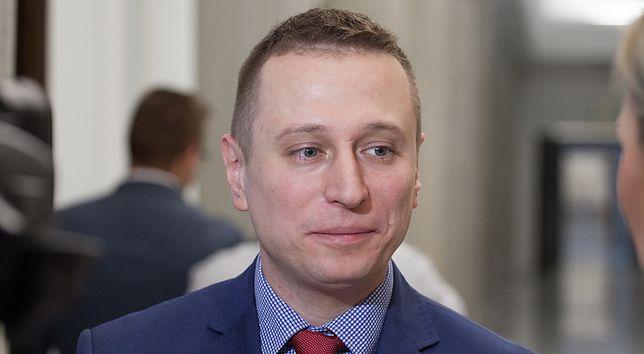 """Brejza publikuje dokument z PKW z kampanii Kaczyńskiego. """"Faktur nie ma"""""""